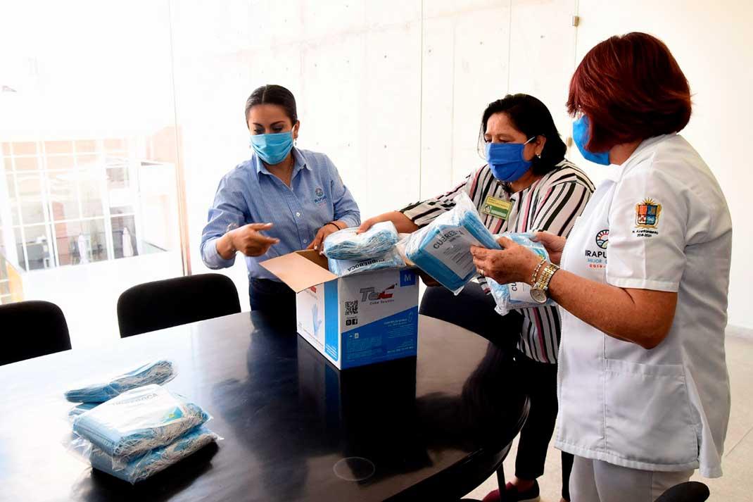 Photo of Dona municipio cubrebocas para personal de salud