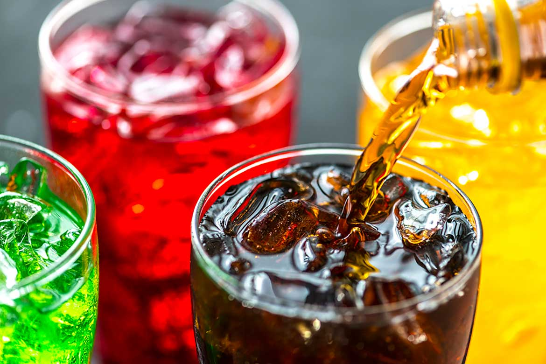 Photo of Combinar bebidas energizantes con alcohol incrementa el riesgo de algún padecimiento cardiovascular: IMSS
